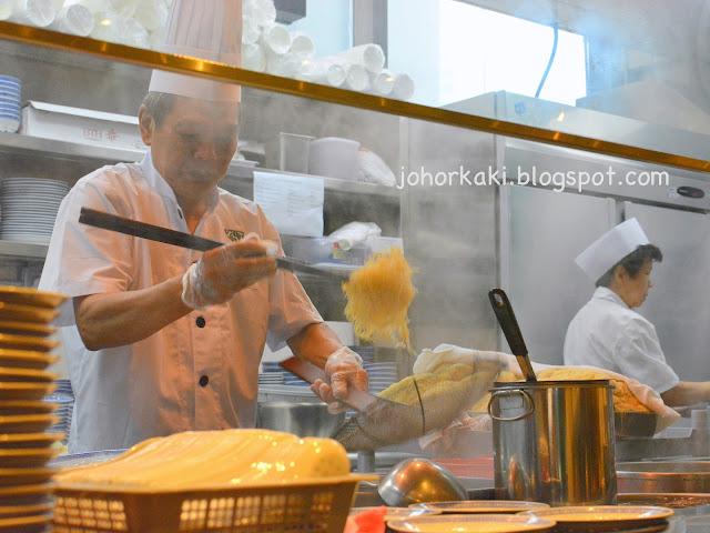 Mak's-Noodle-Westgate-Jurong-East-Singapore