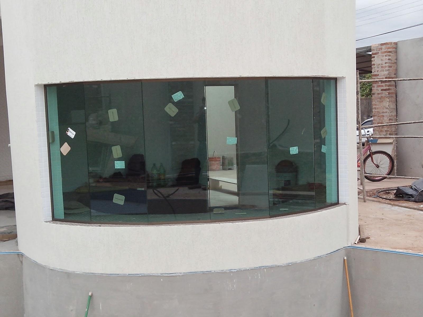 #766255 Janela no sistema versatik com 06 vidros 754 Janelas Vidros Verdes