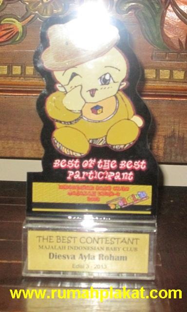 Pesan Piala Baby Photocontest, Jual Trophy Event Lomba Bayi Indonesia, Daftar Harga Souvenir Kids Photocontest, 0856.4578.4363, www.rumahplakat.com
