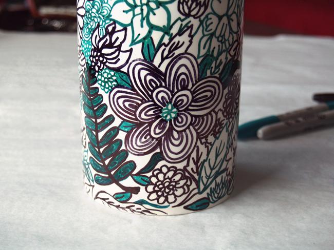 Dare to diy diy personaliza tus tazas y objetos de porcelana - Decorar tazas con rotulador permanente ...
