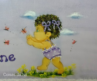 """""""fralda lilas pintada com menina e borboletas"""""""