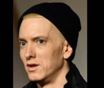 "Rapper Eminem says ""I'm gay!"""