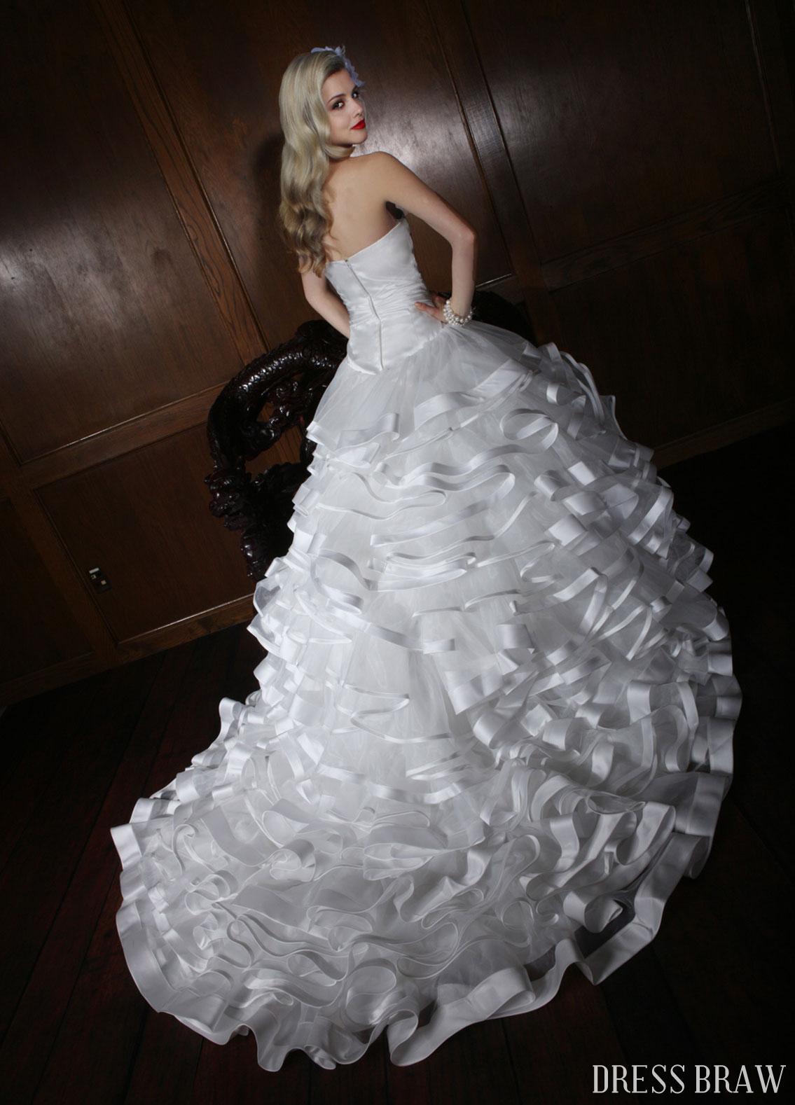 wedding dress shopping online wedding dresses 2013 5 fashion trends