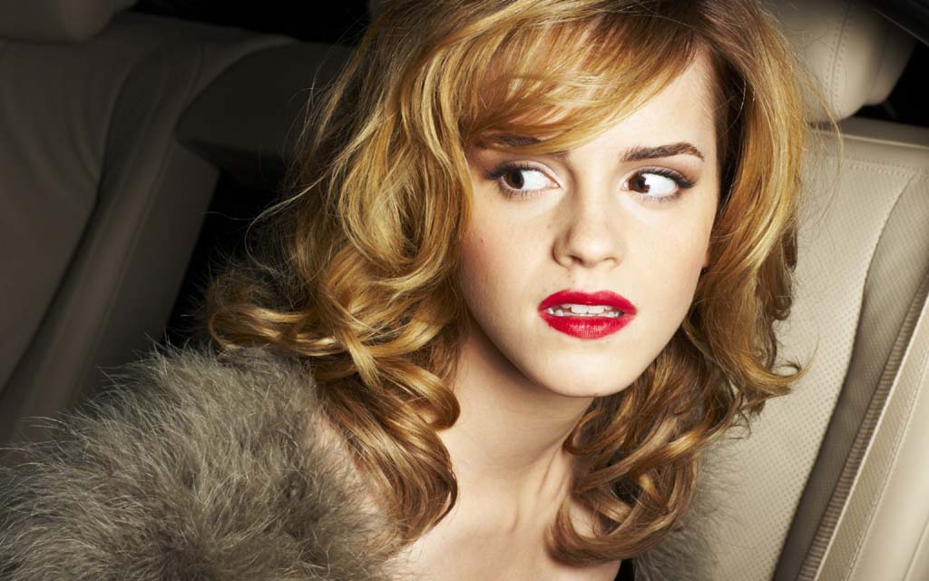 Lady Gaga Official Site Emma Watson Hair Color