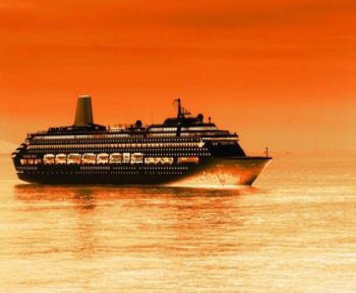 21 Amazing Cruise Ships Rated | Fitbudha.com