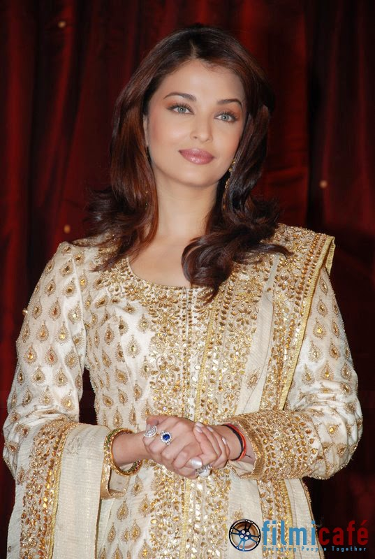 Aishwarya Rai as Bride in Jodha Akbar Aishwarya Rai at Jodhaa Akbar