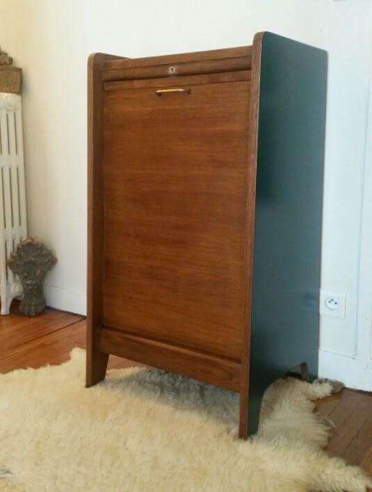 dur e de vie ind termin e petit meuble rouleau bleu p trole. Black Bedroom Furniture Sets. Home Design Ideas
