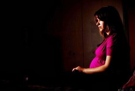 Posisi tidur ibu hamil salah bisa memicu meninggalnya bayi saat lahir karena