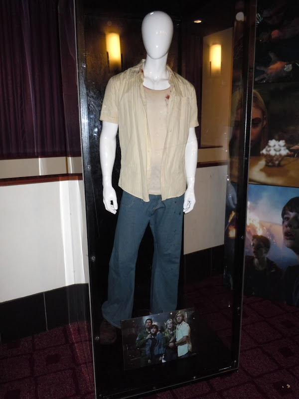 Super 8 Louis movie costume