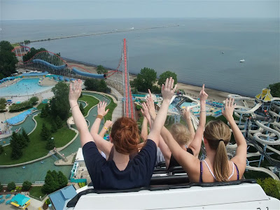 The Magnum, drop from the top, best roller coaster ever, cedar point
