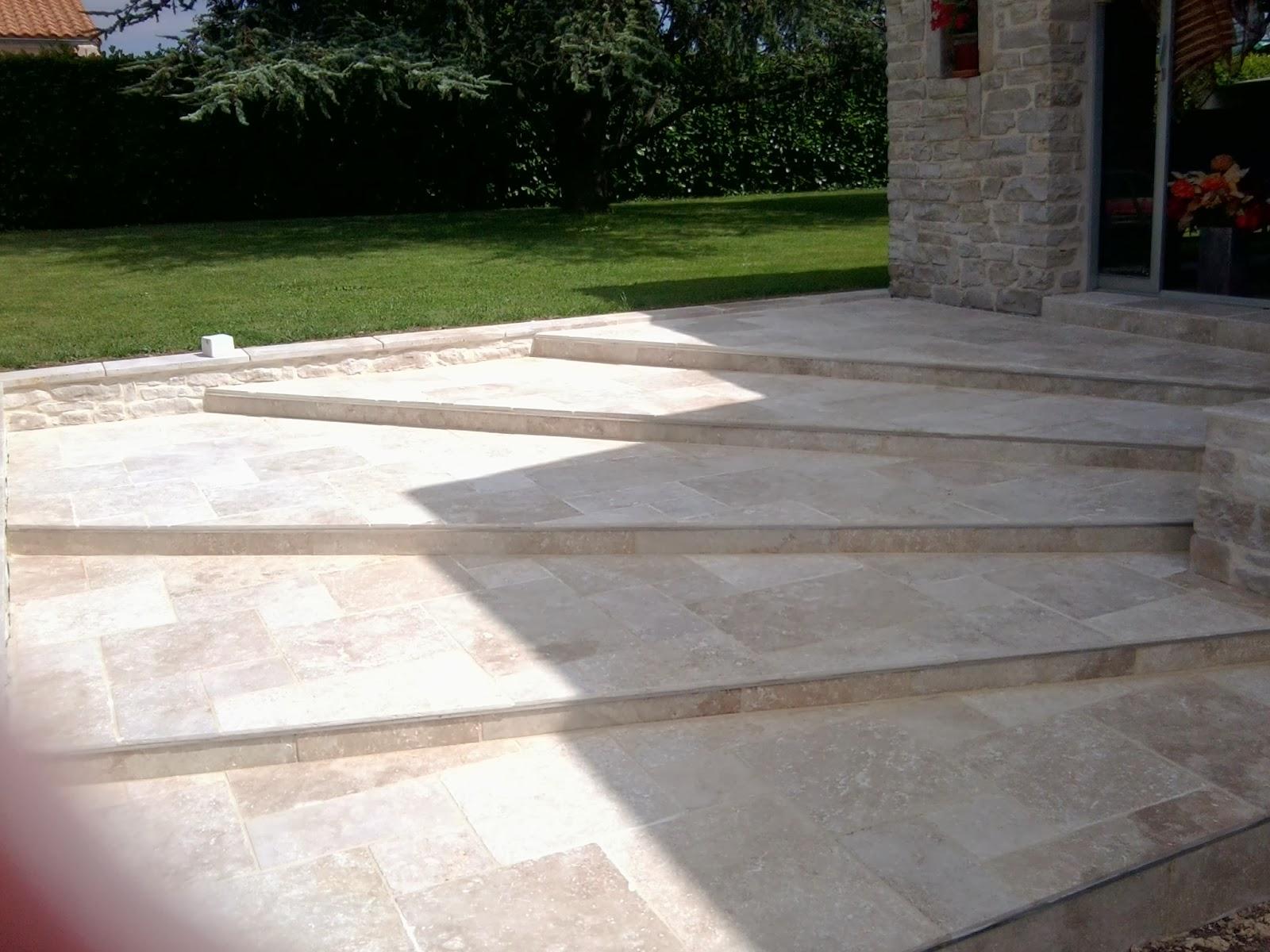 Pose carrelage et parquet 79 travaux de terrasses ext rieures for Travertin terrasse exterieure