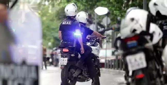 Θρίλερ στο Π. Φάληρο: Μάχη αστυνομικών με ληστές -Νεκρός ένας δράστης