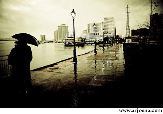 Foto Romantis Saat Hujan