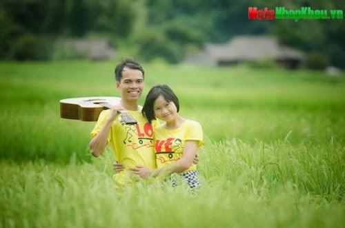 Đinh Đức Dũng (25 tuổi) và Nguyễn Thu Quỳnh (24 tuổi) trở thành vợ chồng nhờ những chuyến đi.