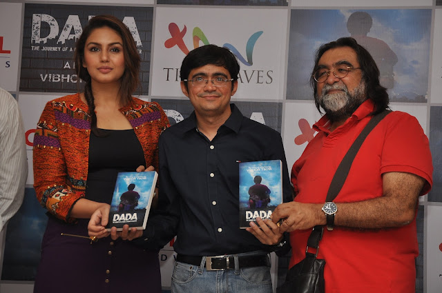 Huma Qureshi, Vibhor, Prahlad Kakkar at the Launch of Dada