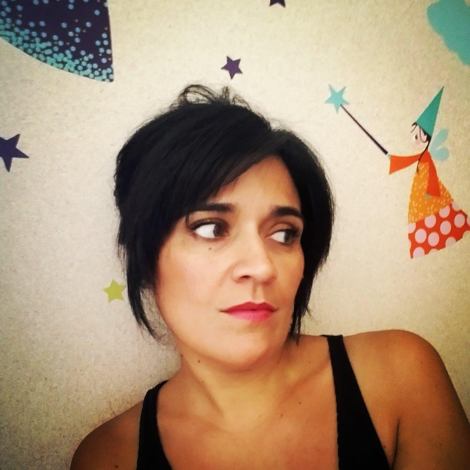 Me llamo Inés y soy maestra y aprendiz de cuentista.