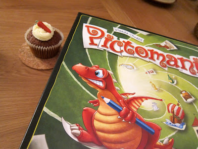 Pictomania - The dragon looks very interested in the Munchies!