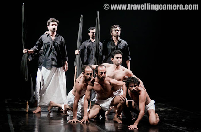 A small theatre group (headed by a rural diva) in the middle of nowwhere performs unimportant plays which are based on the Ramayana. These plays don't singal artistic achievement, nor do they constitute a movement. The group has accepted our musical and our glorius past (now present) simply because the past refuses to go away. The rural diva is an expert in the oral tradition of the Ramayana. The young actor (the rural diva's son) plays Kumbhakarana - and grows up in such a milieu. To skew things, his grandfather and father are part of the Self Respect Movement. He is unable to draw a distinction between the real achievements of ratonal movement and what he sees as the excesses of a cultural fraud. He follow his rationalist dreams because all around he sees the relics of a descedent culture which reeks of affectation and phoniness, plus the leisure-dreams of upper caste, upper class society. In the mean time, due to his ancestral past in Self Respect Movement, he has a special interpretation of his role as Kumbhakarana. This role means to him -1. A Reason to live2. Counter-CultureThe young actor deals with  both, but his main polemical interest is in the second. He aims to cut the icons of Ramayana down to size. Much of his approach is straightforward. he chronicles what its heros, leaders, groups and movements actually said, did and achieved, as opposed to what
