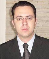 http://2.bp.blogspot.com/-xSMsQX96Yr8/Tee-KxteaPI/AAAAAAAAApE/r4U3UDUBTXc/s1600/Eliel_Gaby.jpg