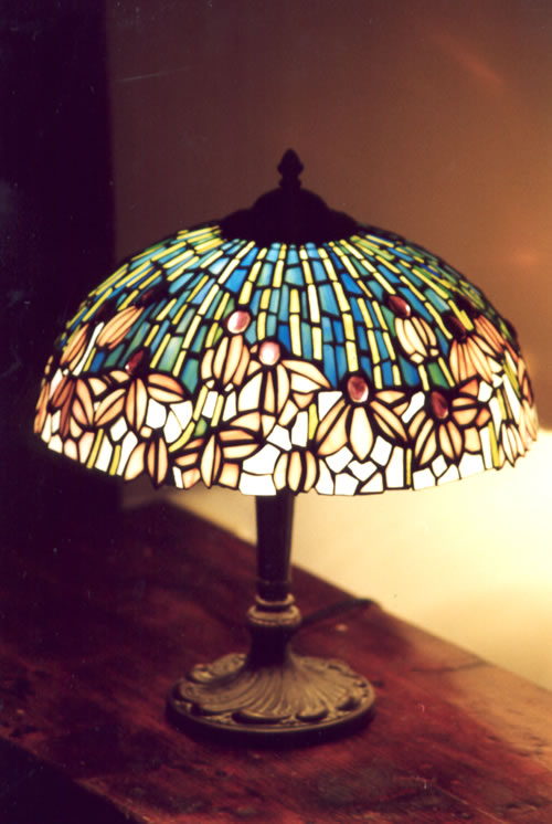 VOLARE: Mi ricorda una lampada.... Tiffany