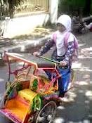Becak mini kesayangan