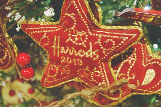 Harrods-2013-Christmas-Decoration . - Christmas Tree Decorations Harrods Holliday Decorations