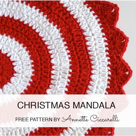http://myrosevalley.blogspot.ch/2013/12/last-minute-christmas-mandala-free.html