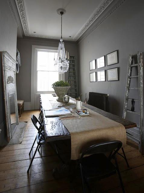 Boiserie c come arredare un appartamento lungo e stretto - Idee ristrutturazione bagno stretto e lungo ...