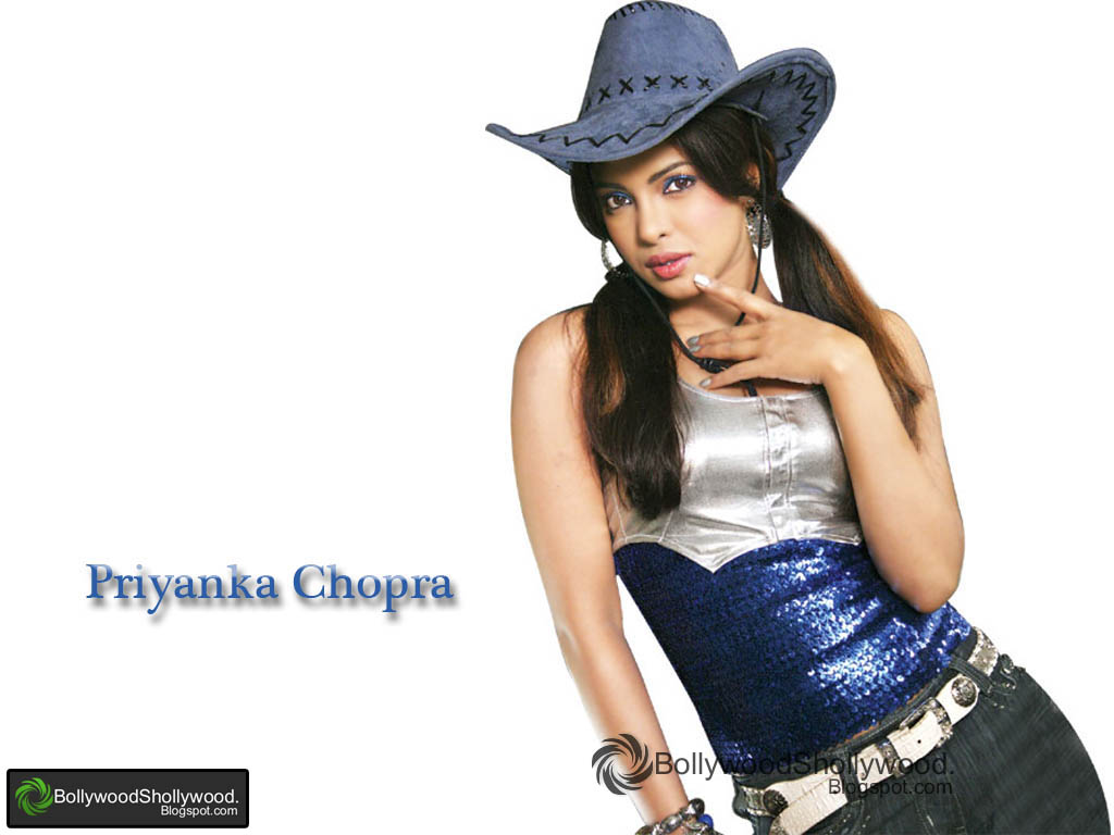Priyanka Chopra  - Priyanka Chopra Cute Wallpapers