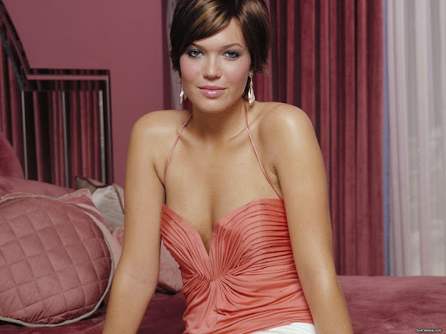 Mandy Moore Wallpapers
