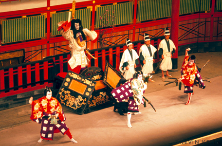 kabuki a japanese form Kabuki: japanese theatre prints [rosina buckland] on amazoncom free shipping on qualifying offers the blend of music, dance, acrobatics and fantastic costuming called kabuki has been a major theatrical form in japan for nearly 400 years their greatest artists depicted the famous.