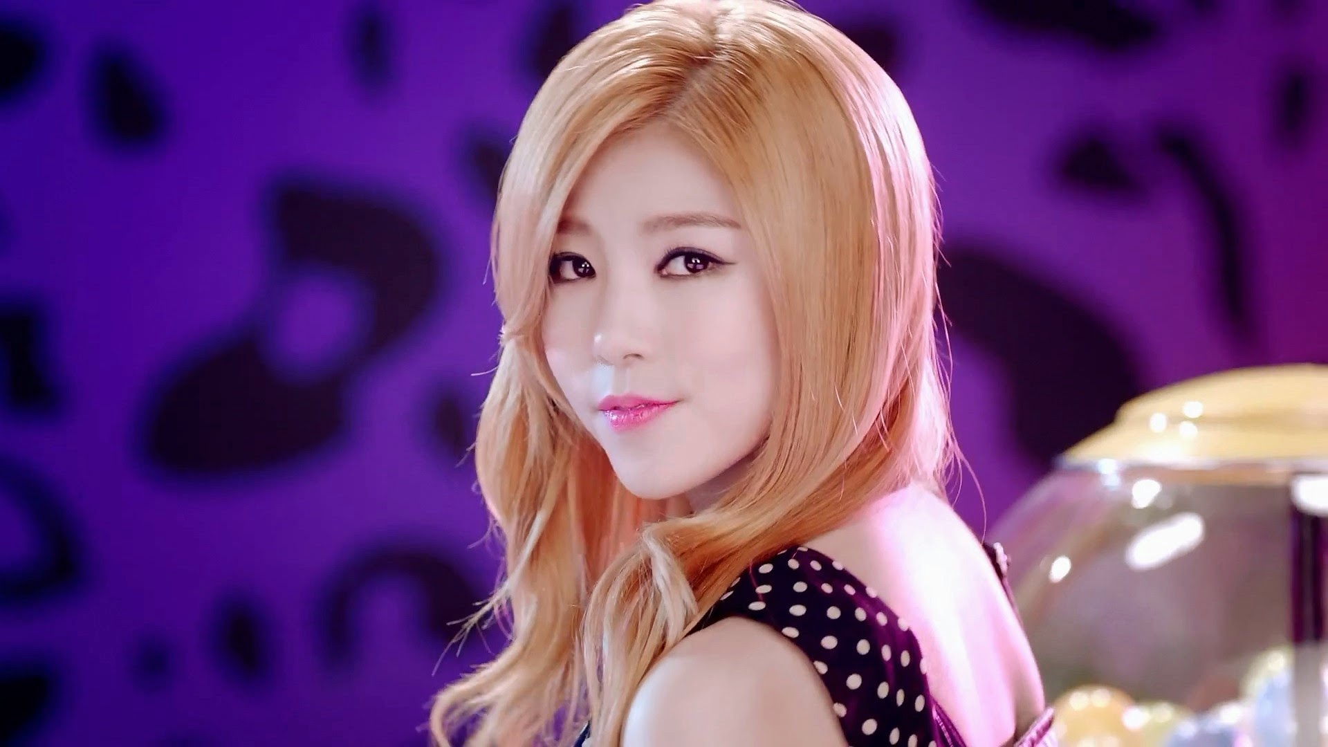 HelloVenus Seoyoung
