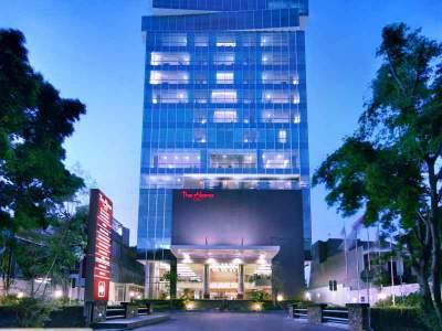 The Alana Hotel Mewah Di Surabaya