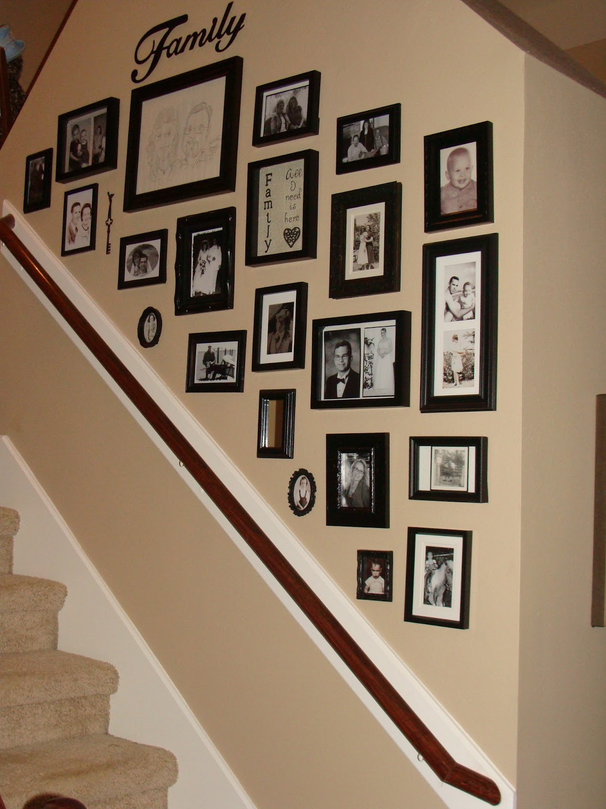 crafty in crosby black white photo wall. Black Bedroom Furniture Sets. Home Design Ideas