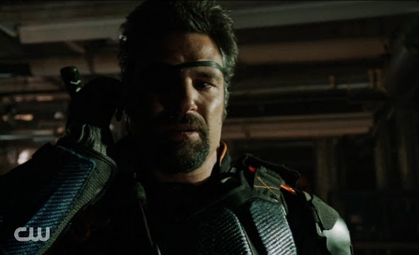 Arrow finale Unthinkable Slade revenge Manu Bennett hot leather photos