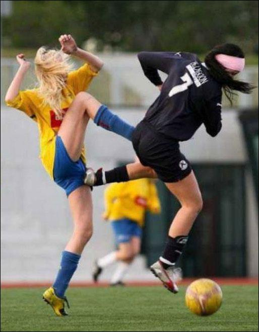 كرة قدم نسائية