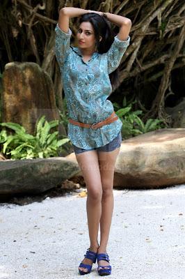 Srilanka Upcoming actress Nilukshi Amanda Silva