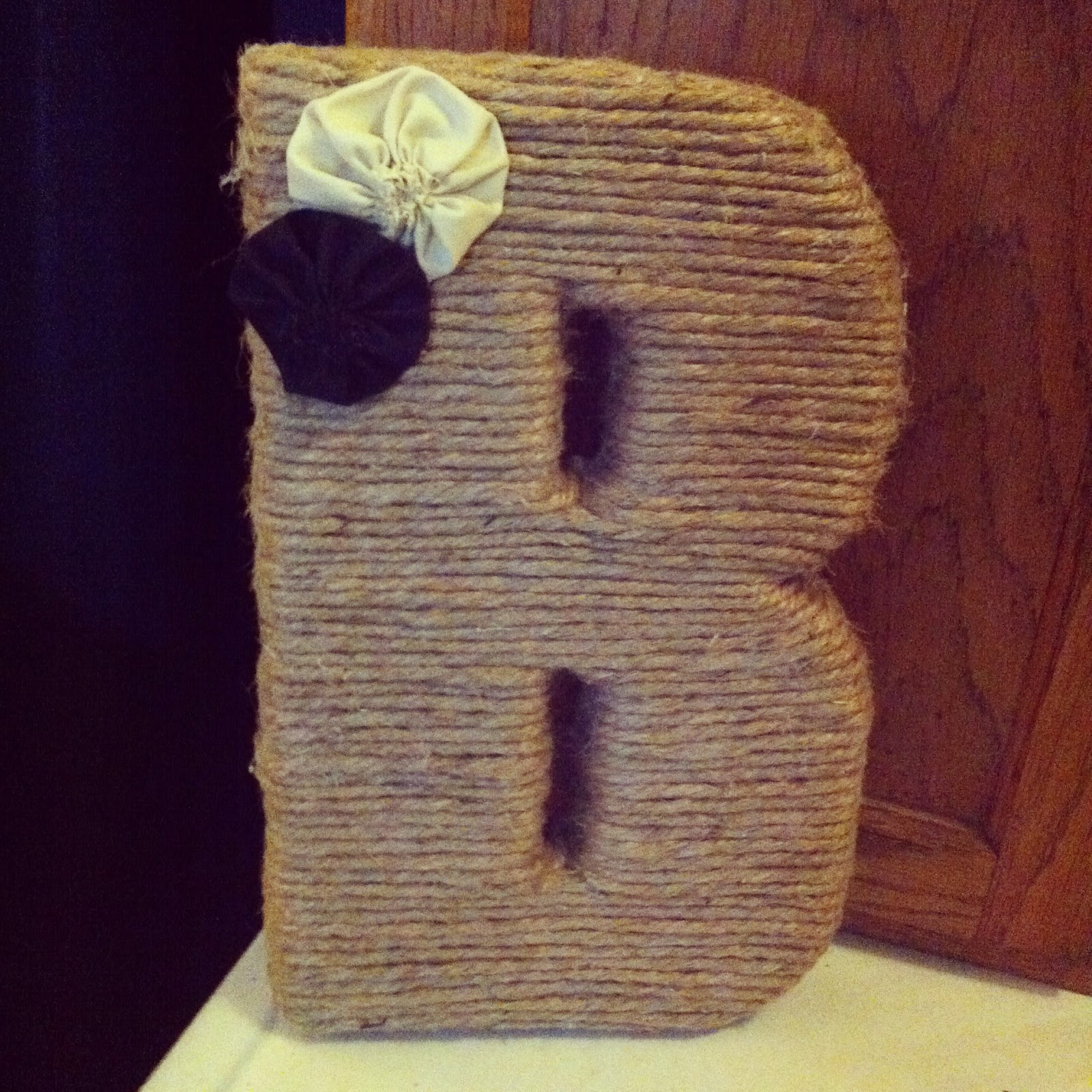 Crystal cattle diy jute monogrammed wedding letter for Diy jute