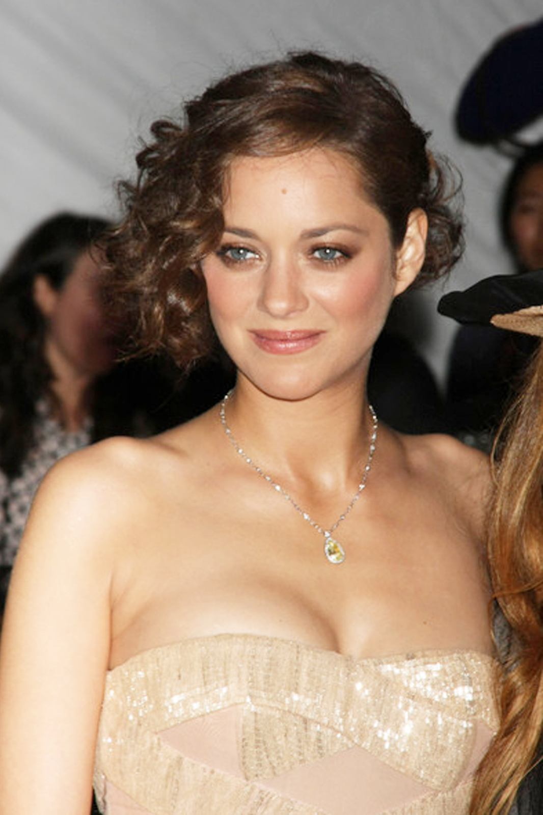 marion cotillard youngmarion cotillard instagram, marion cotillard 2016, marion cotillard dior, marion cotillard gif, marion cotillard guillaume canet, marion cotillard 2017, marion cotillard tumblr, marion cotillard - enter the game, marion cotillard oscar, marion cotillard young, marion cotillard photoshoot, marion cotillard film, marion cotillard movies, marion cotillard кинопоиск, marion cotillard фото, marion cotillard wikipedia, marion cotillard википедия, marion cotillard style, marion cotillard francais, marion cotillard фильмография