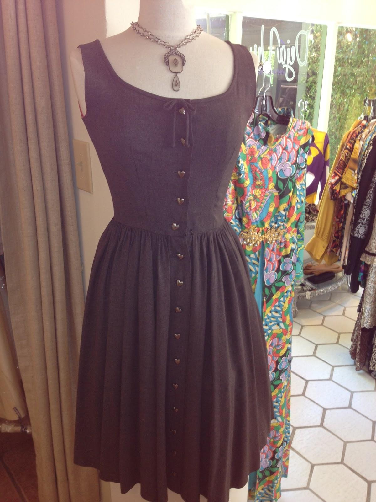 Déjà Vu Vintage Finery: Palm Springs Vintage Clothing: \