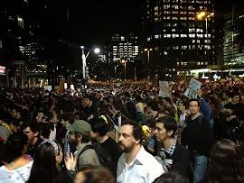 230 mil protestam pelo Brasil