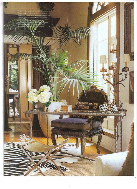 Eye for design tropical british colonial interiors for Colonial style interior decorating