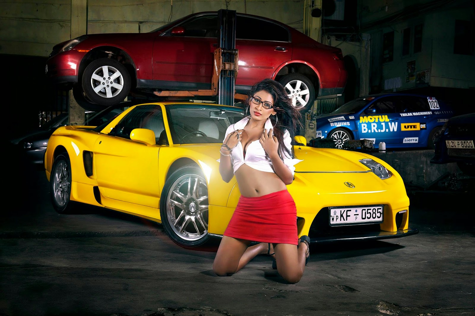 Piumi Hansamali mini skirt car