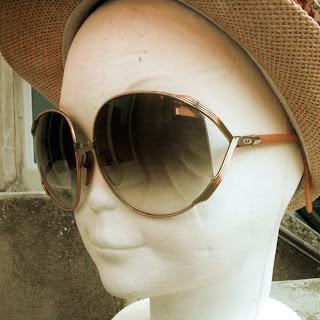 Paire de lunettes Christian Dior vintage 70/80, modèle 2250, la puce au grenier