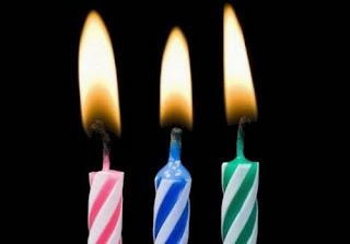 Tres velas de cumpleaños