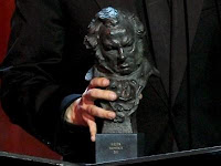 http://2.bp.blogspot.com/-xVkGfORIQj0/TxsCh_8xsTI/AAAAAAAAKHg/FMjy98_mxXg/s1600/premios-goya-2012.jpg