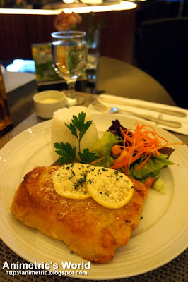 Parmesan Crusted Fish Fillet at Dolcelatte