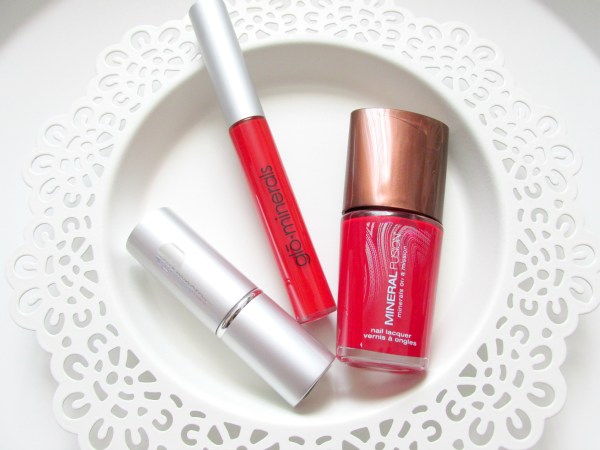 glominerals Lipgloss Poppy & Lipstick Aubergine - review, photos, swatches