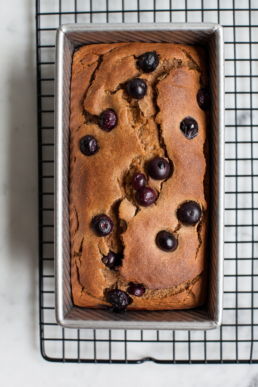 Blueberry Banana Loaf - GF/Paleo / blog.jchongstudio.com