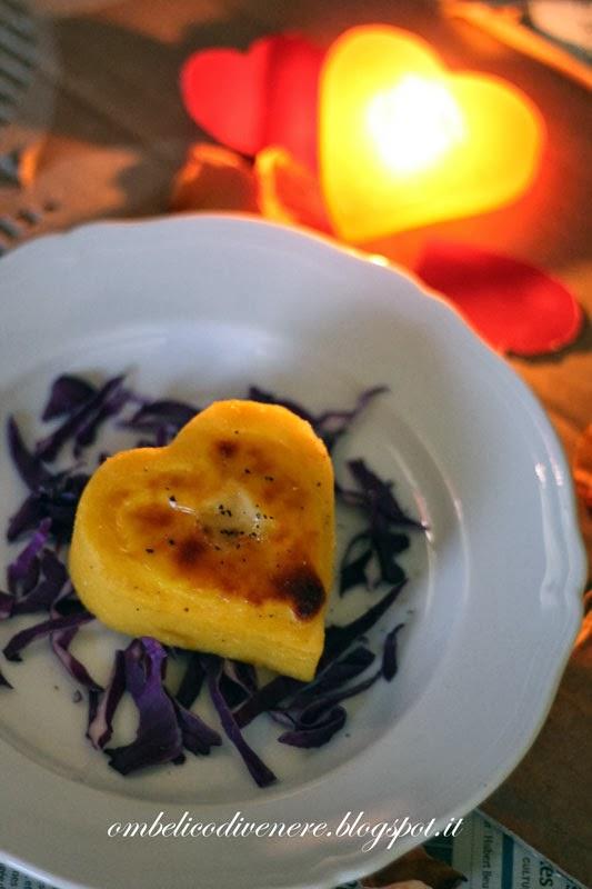 cuori di polenta cremosi per il menu di san valentino